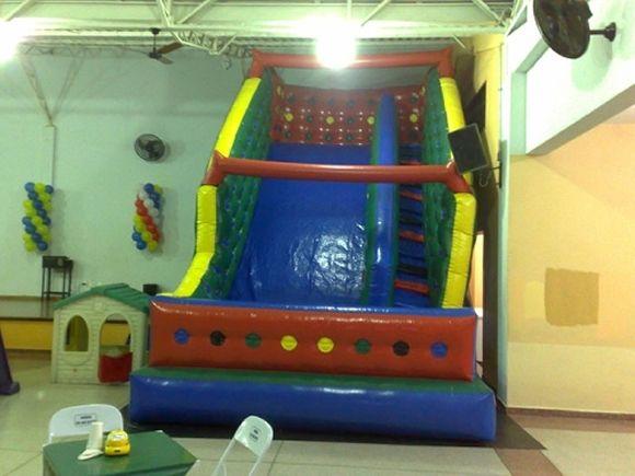 Locação de Brinquedos para festa infantil - tobogã grande 7m