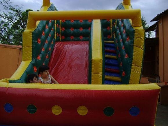 Locação de Brinquedos para festa infantil - tobogã  médio 5m