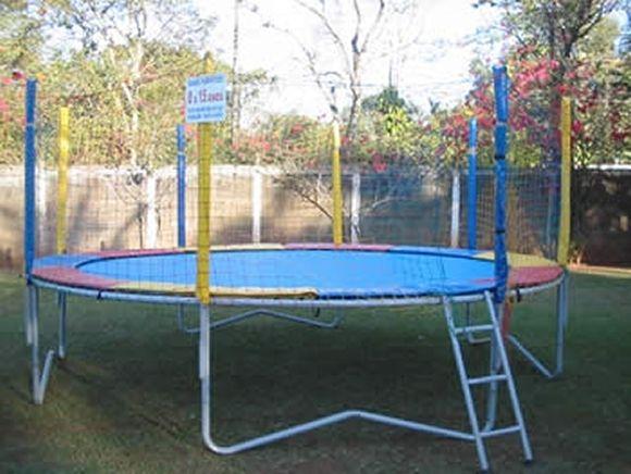 Locação de Brinquedos para festa infantil - cama elastica grande 4,5m
