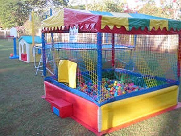 Locação de Brinquedos para festa infantil - piscina de bolinha