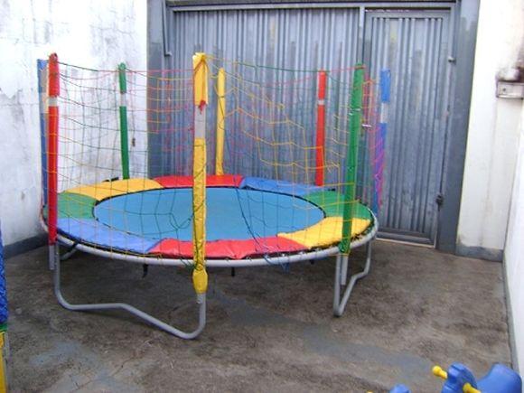 Locação de Brinquedos para festa infantil - cama elástica média 3m