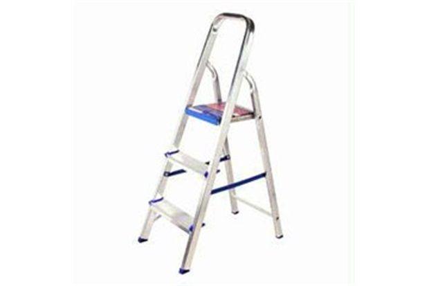 Escada de Alumínio Standard 03 Degraus
