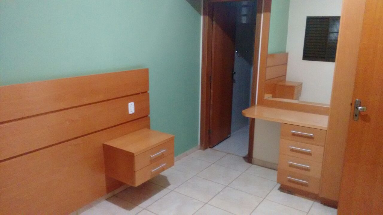 174 - Planalto Verde 3 Dormitórios 200m²