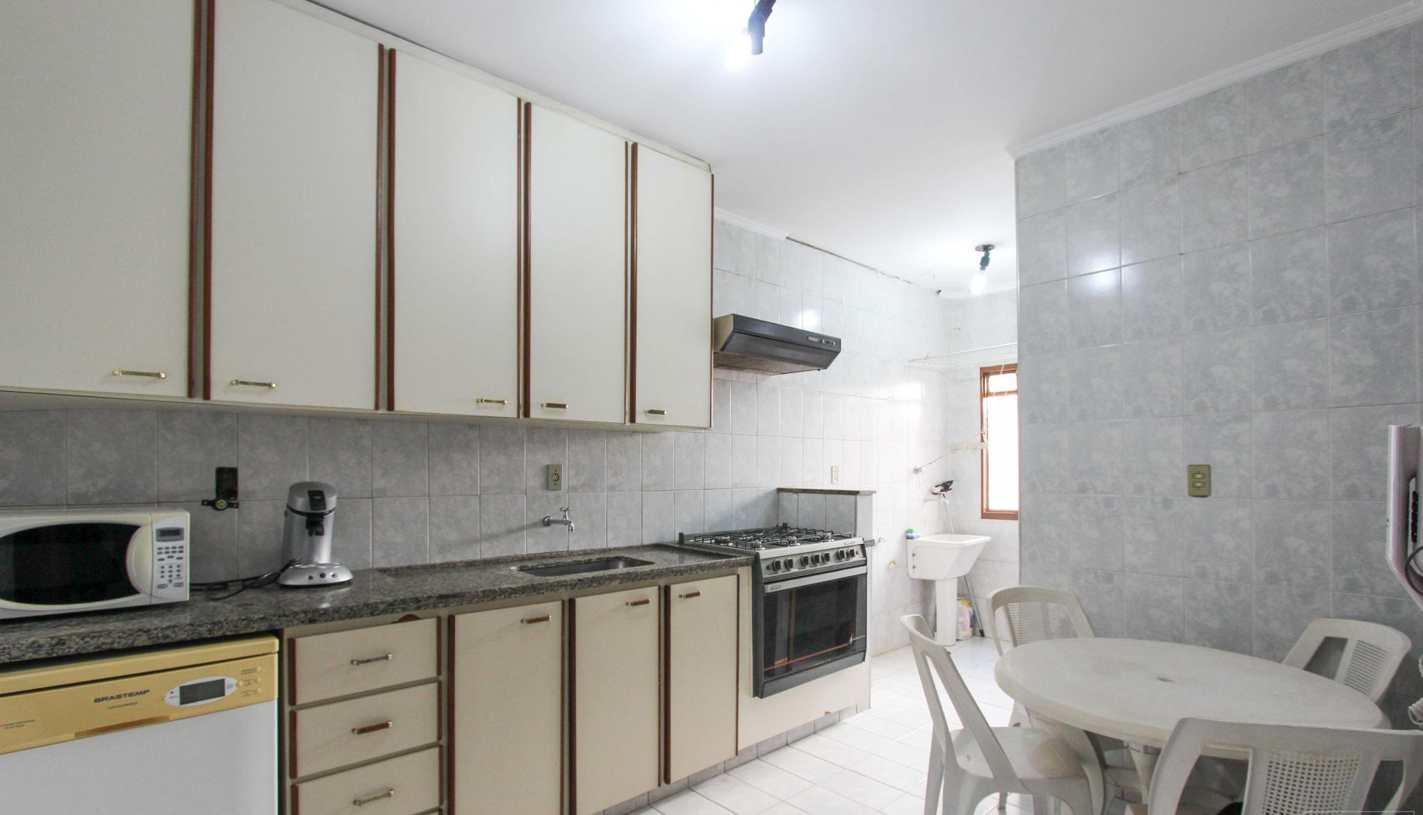 213 - Jardim Paulista 3 dormitórios