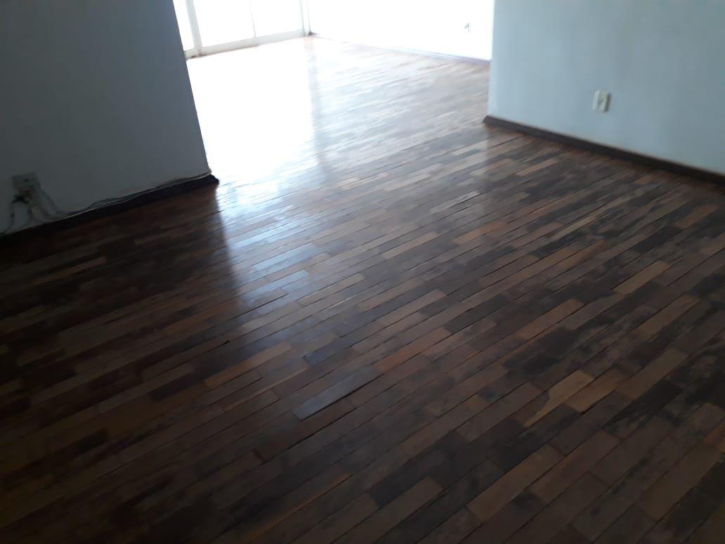 241 - Apto Centro 134 m²