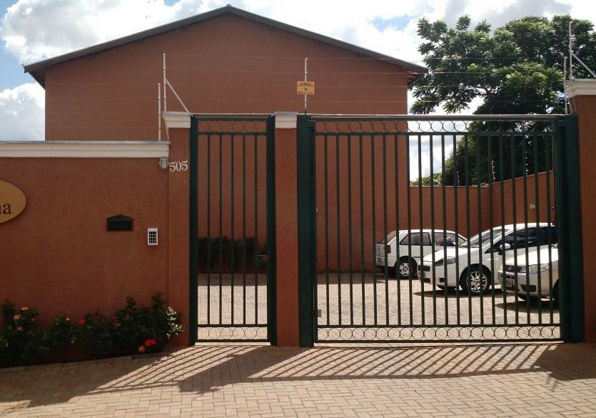 274 - Casa Cond. Jardim Novo Mundo (Vendido)