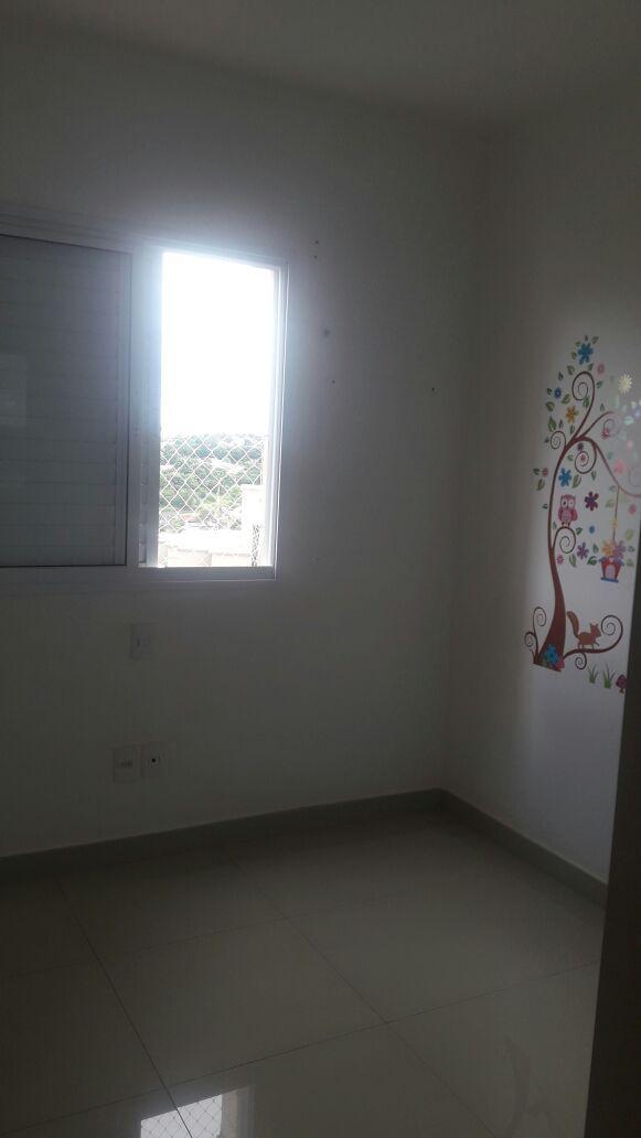 371 - Apto Jardim Botânico 94 m² - apto andar médio
