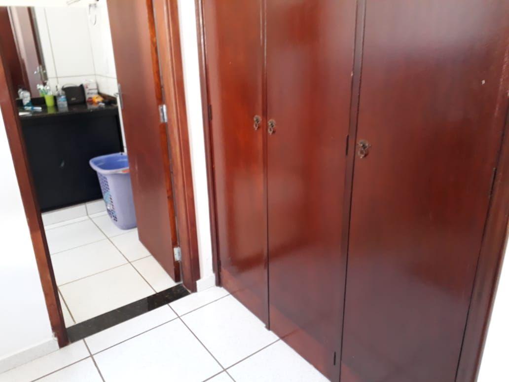 374 - Casa comercial Ribeirânia 438 m²