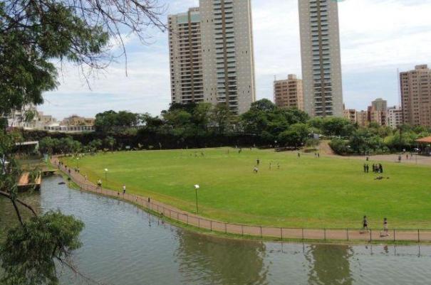 395 - Apto Jardim Botânico 124 m²