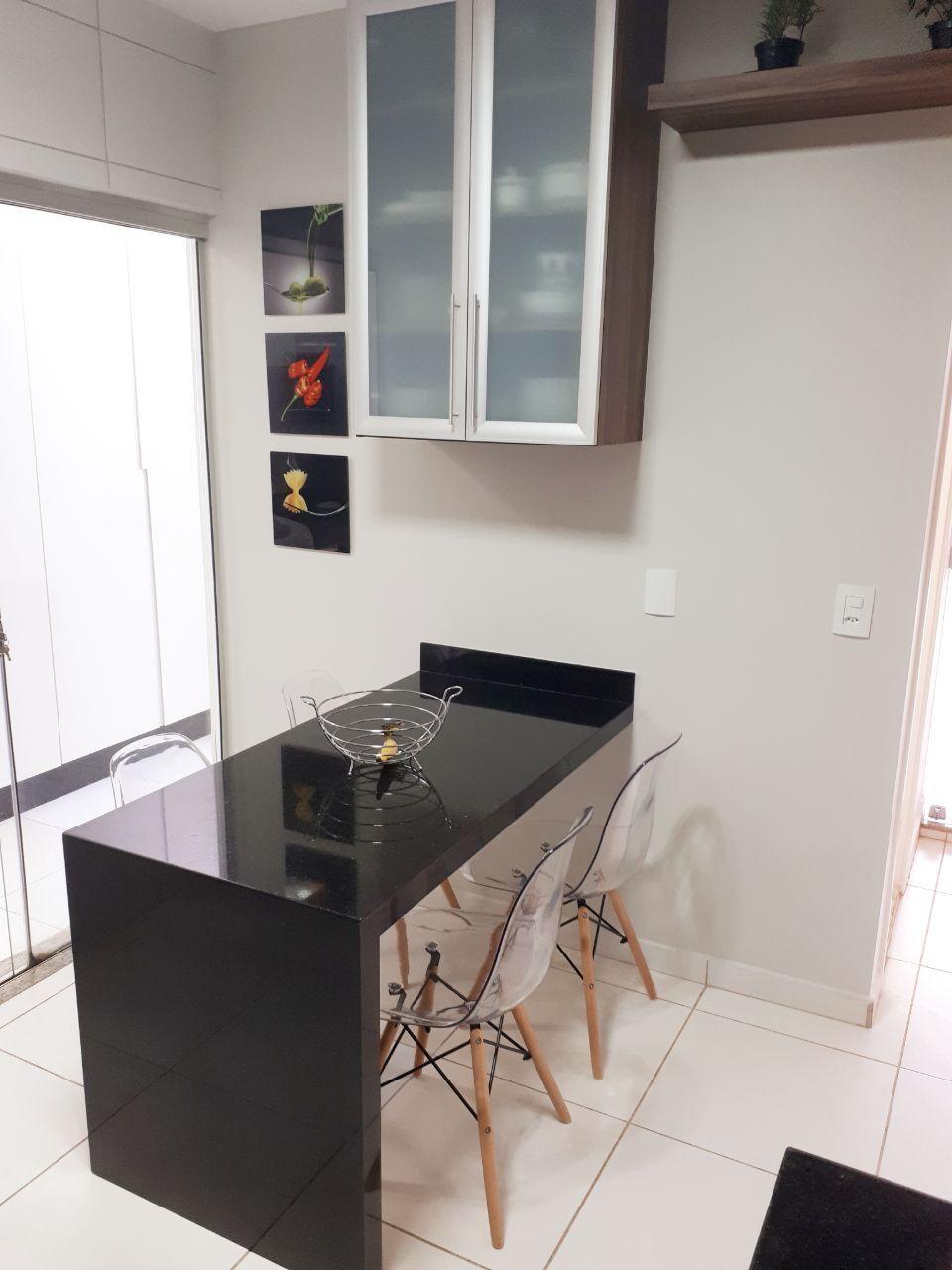 399 - Casa Cond. Parque dos Lagos 180 m²