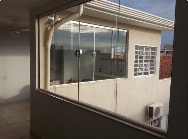 409 - Casa Campos Elíseos 290 m²