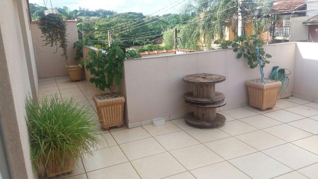421 - Casa Sobrado Lagoinha 370 m²