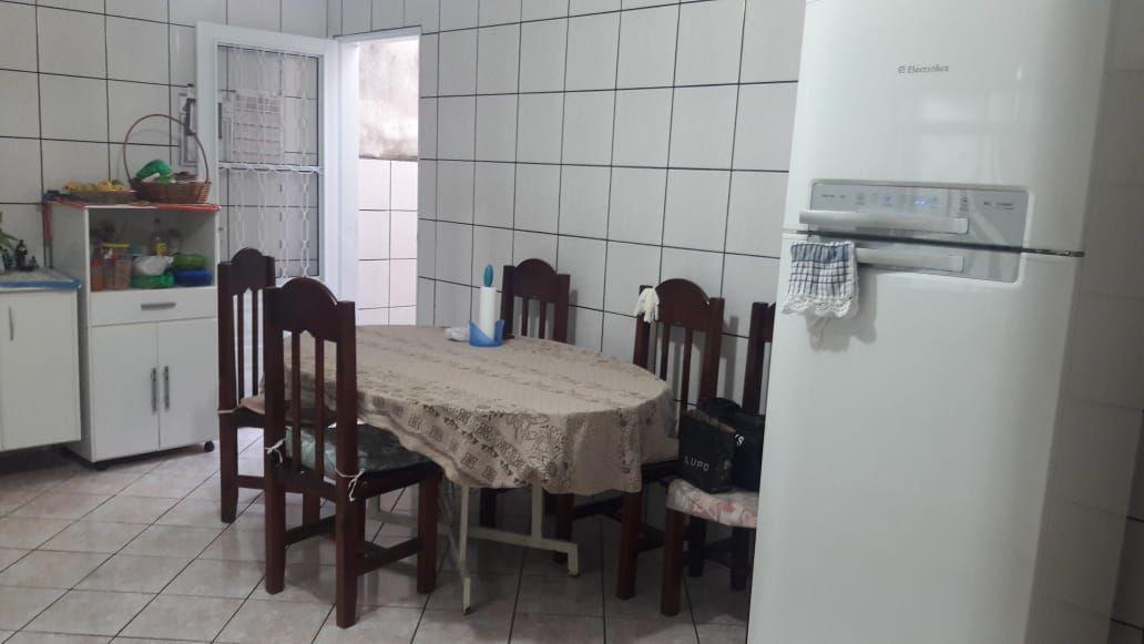 564 - Casa Geraldo de Carvalho 200 m²