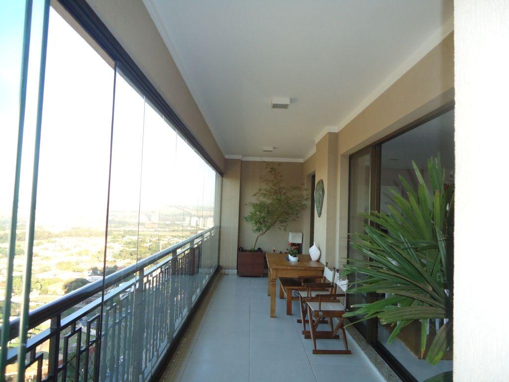 572 - Apto Jardim Botânico 136 m²