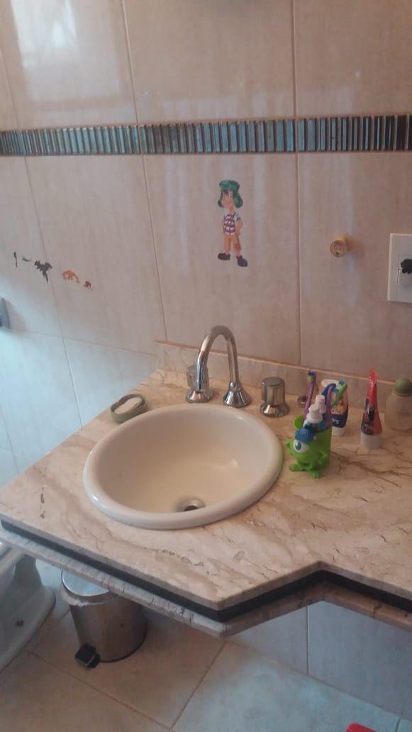 575 - Casa Sobrado Parque dos Servidores 165 m²