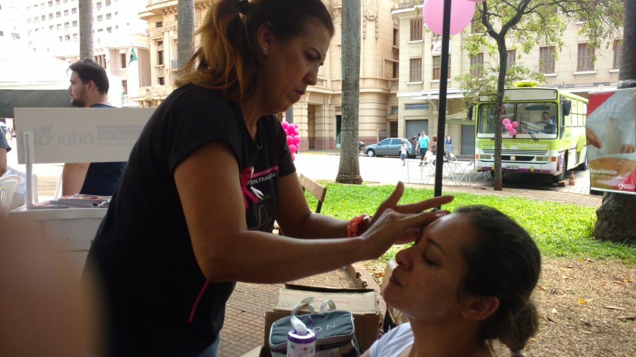 3 Encontro do Idoso na Praça - Limpeza de pele