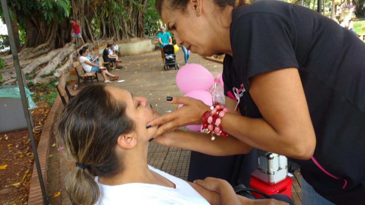 3 Encontro do Idoso na Praça - Maquiagem
