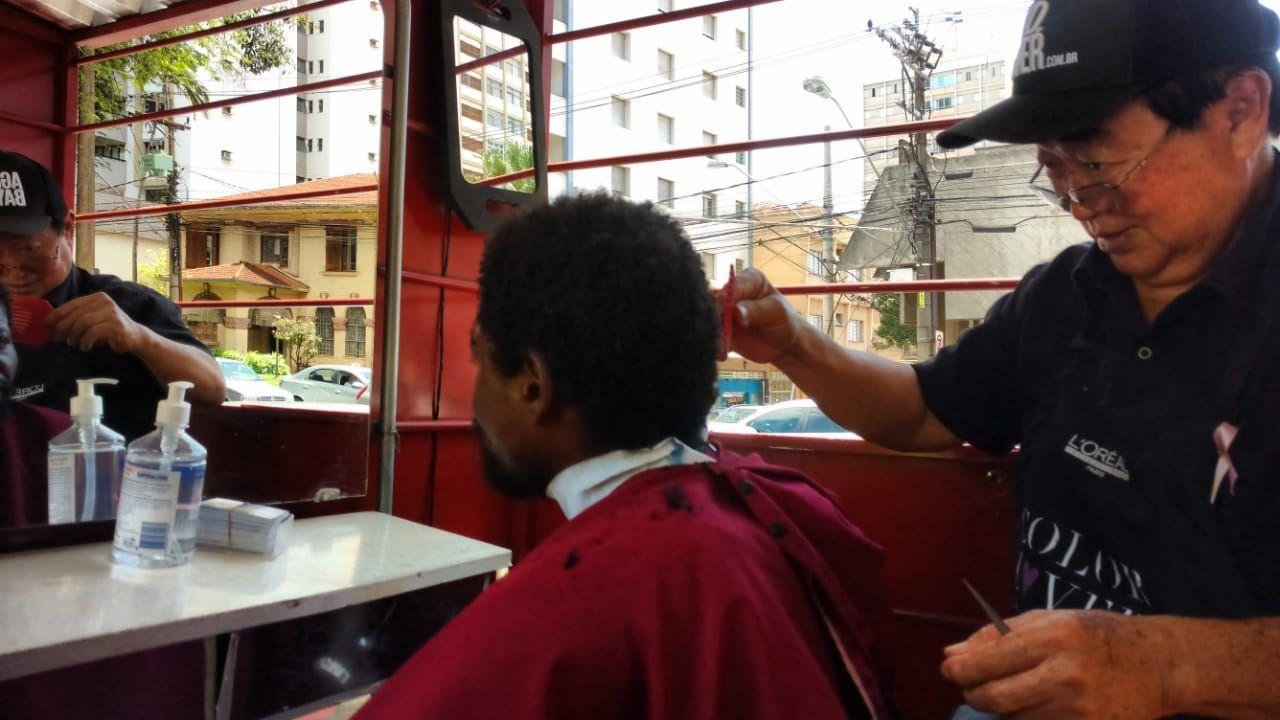 3 Encontro do Idoso na Praça - Corte de cabelo