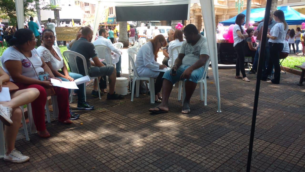 3 Encontro do Idoso na Praça - Acupuntura
