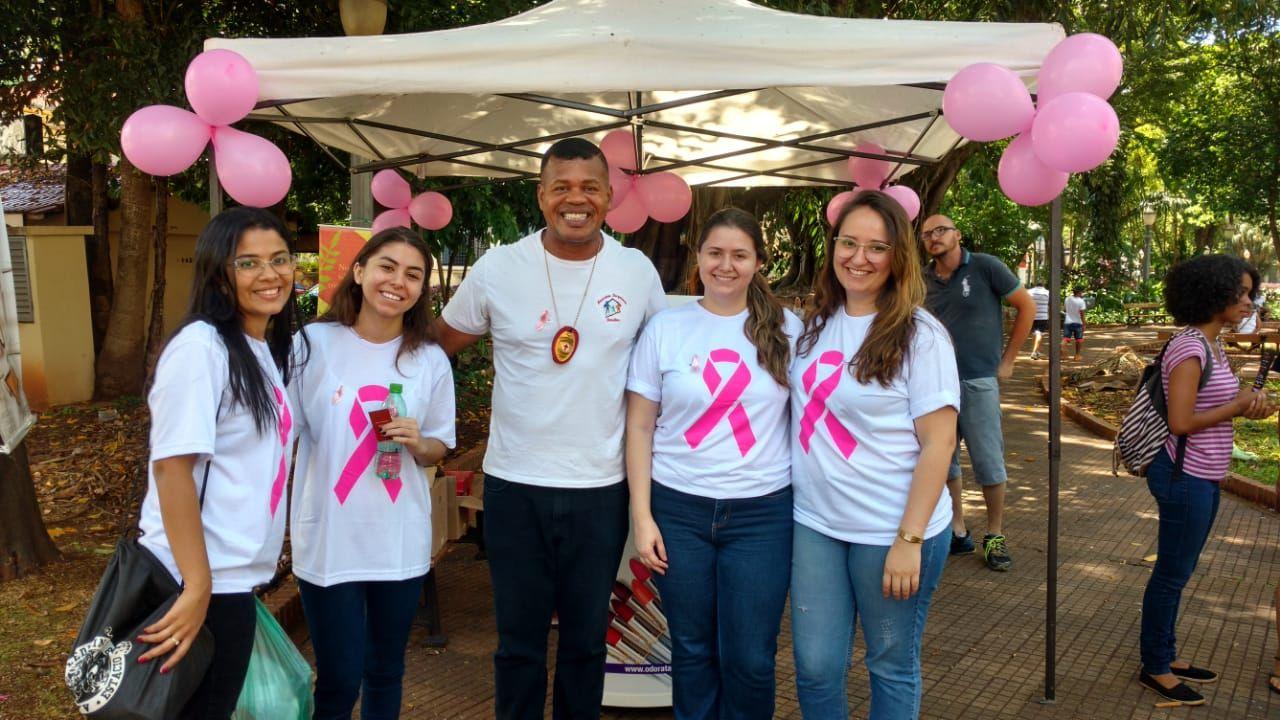 3 Encontro do Idoso na Praça - Outubro Rosa