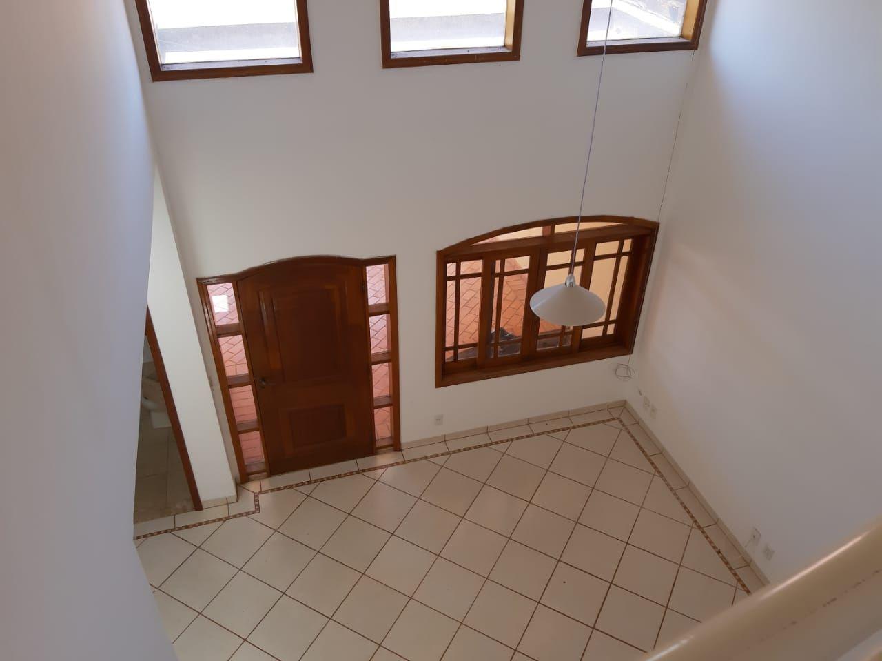 212 - Parque dos Lagos 3 dormitórios