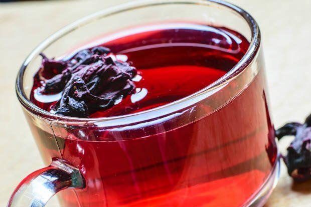 Chá de Hibiscos com Gengibre e Limão