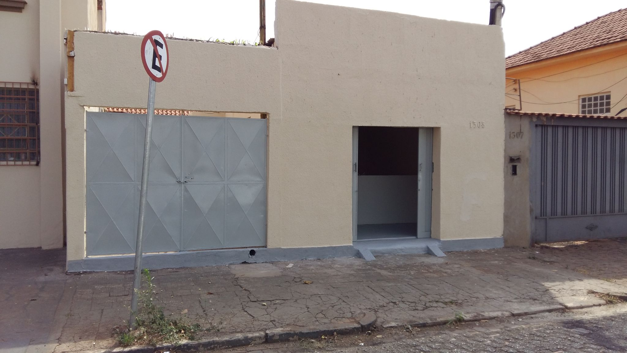 654 - 2 Casas Comerciais Higienóplois
