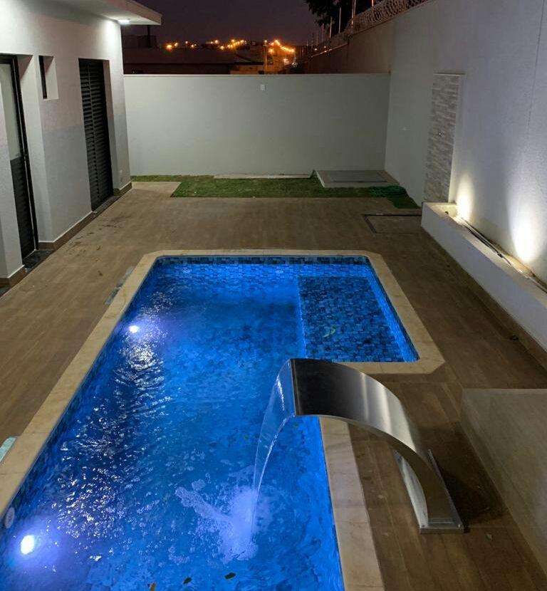 699 - Casa Térrea Condomínio Terras de Florença - 3 suítes