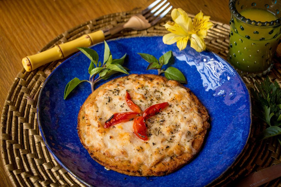 Pizza Blanquet de Peru e Mussarela Low Carb
