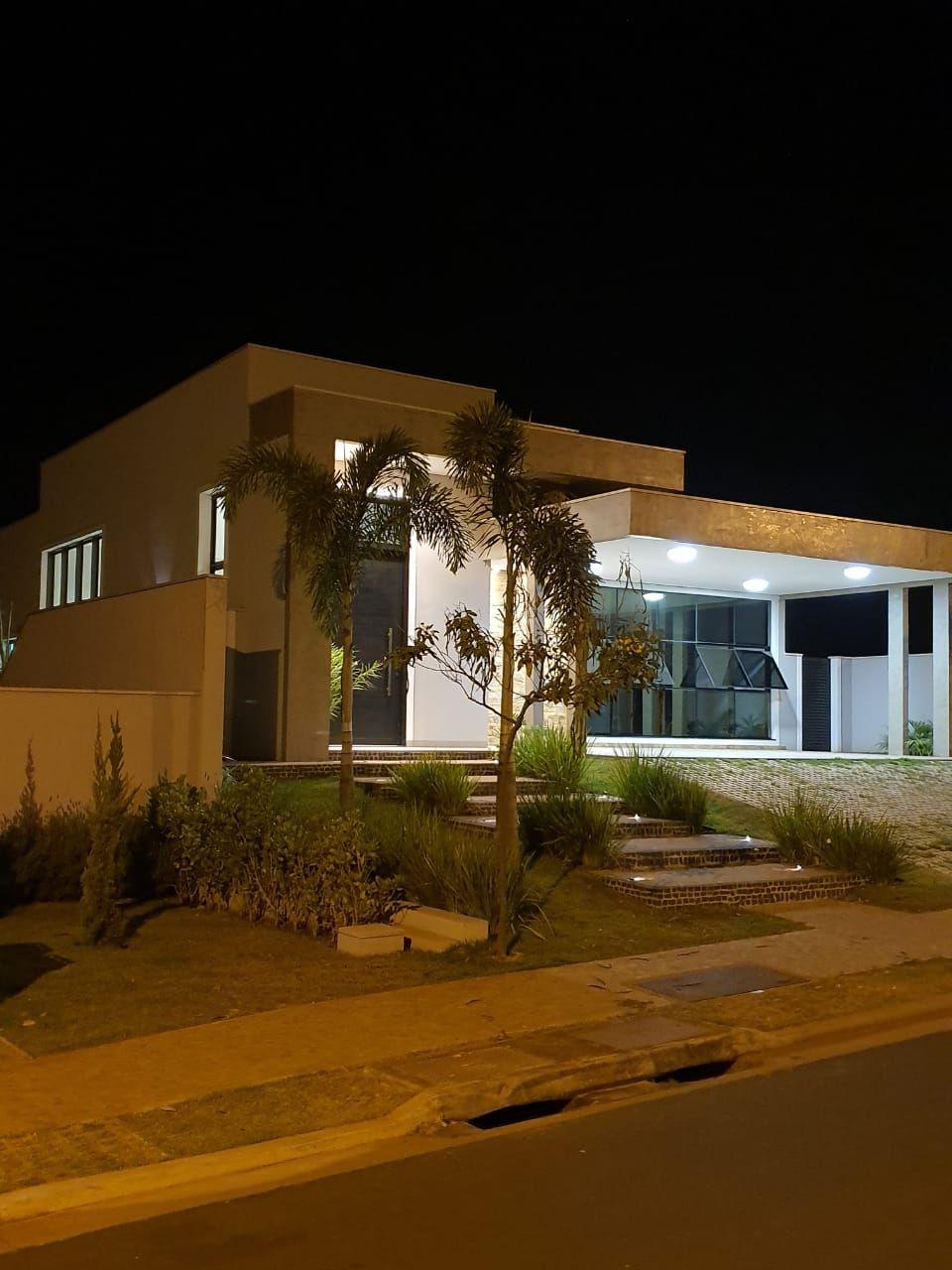 713 - Casa Alphaville 3 - 342 construídos 3 suítes