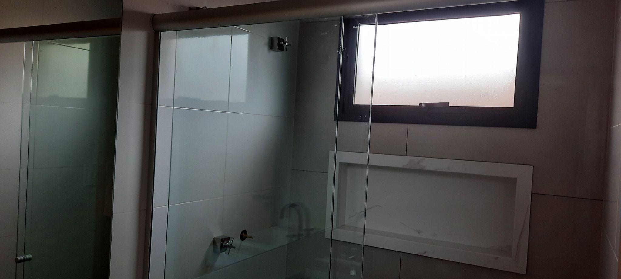 740 - Casa Térrea Vila de Florença - 3 Suítes